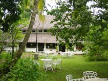 HOTEL MARARI BEACH RESORT